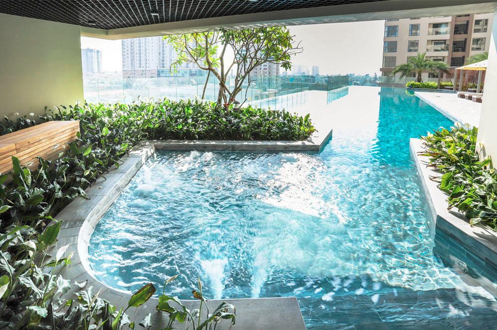 Khu bể sục Jacuzzi tại hồ bơi dự án căn hộ chung cư hạng sang Millennium Masteri quận 4.