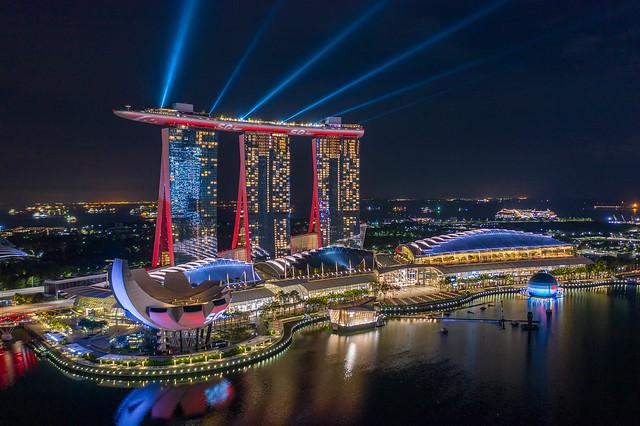 Marina Bay Sands light-up [explore]