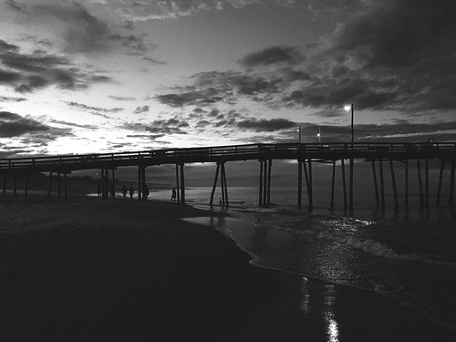nags head obx outer banks fishing pier sunset black white bw silhouette evening night beach ocean nc north carolina travel photography fire will fw summer water lights sky clouds people waves