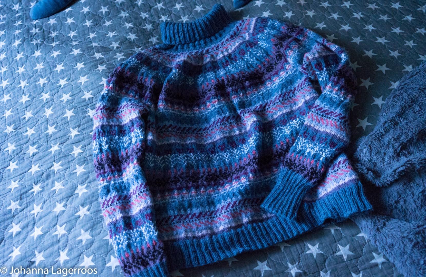 novita sweater