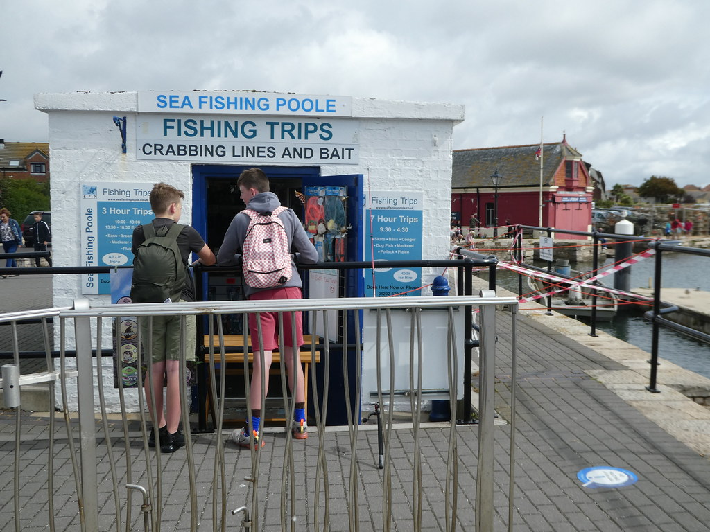 Fishing trips and crabbing kiosk, Poole Quay
