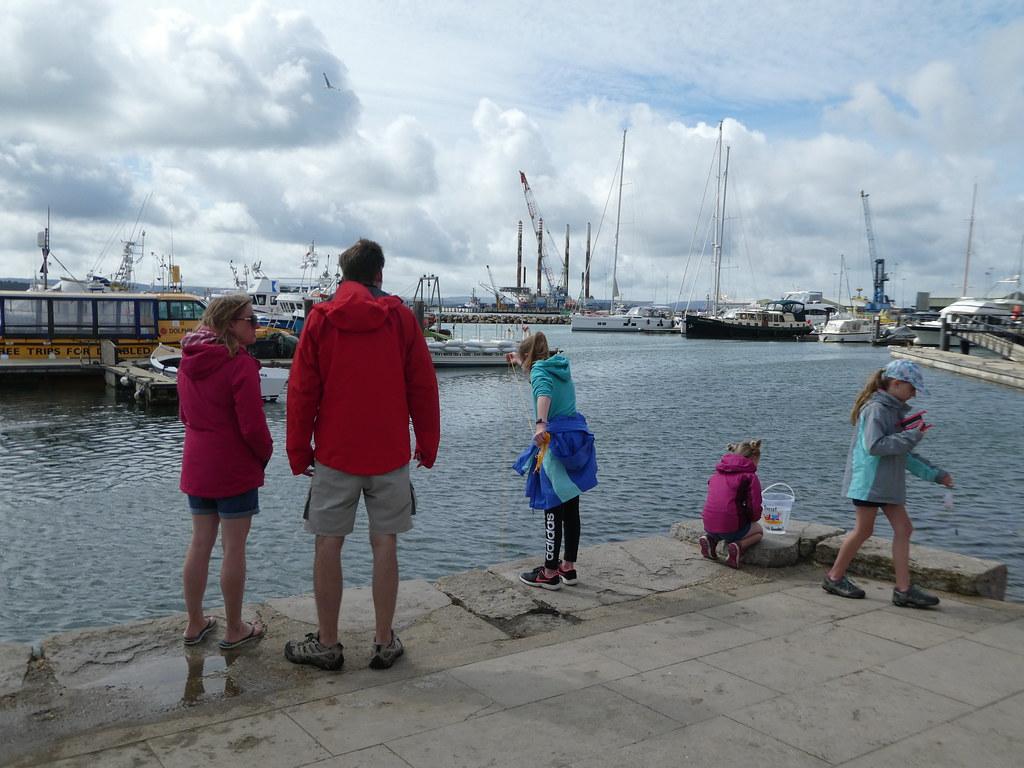 Crabbing along Poole Quay