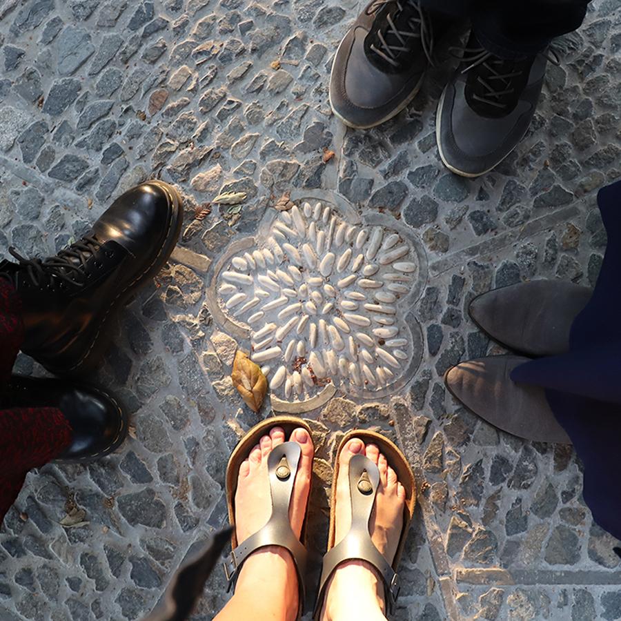 Feet-at-Huntington-Botanical-Gardens