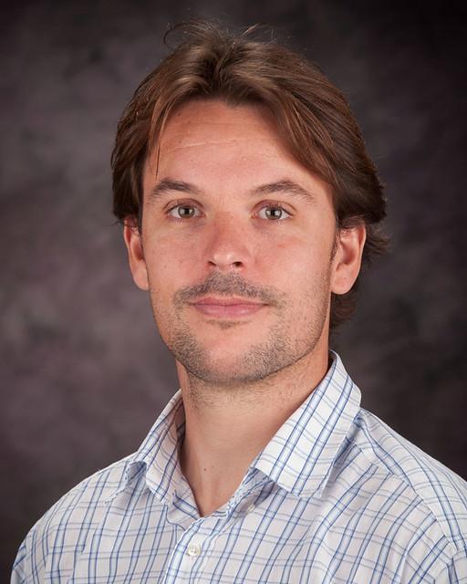 Auburn Associate Professor of Physics Guillaume Laurent