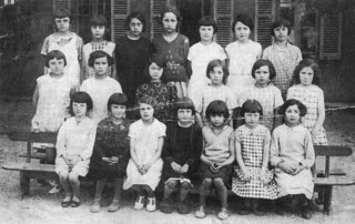 Un groupe d'élèves d'Orgelet dans les années 1930