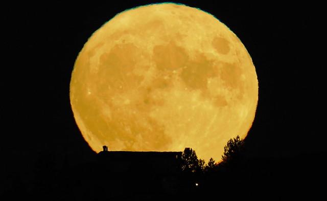 Moonrise,Corn Moon