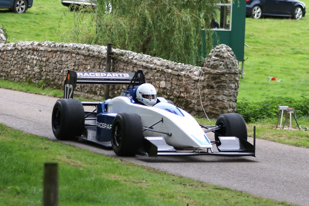 Paul Haimes, Gould GR59 at Wiscombe (N Cole)