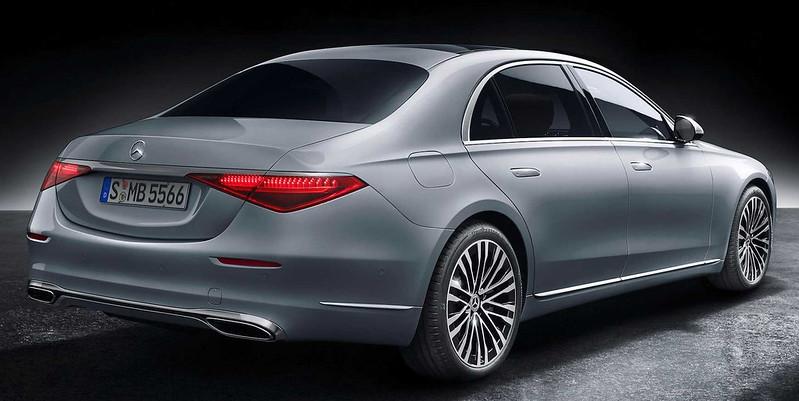 2021-mercedes-benz-s-class-rear (1)