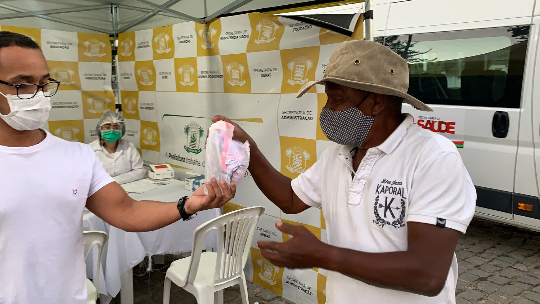 Juerana - distribuição de kits de máscaras e álcool 70% - (1)