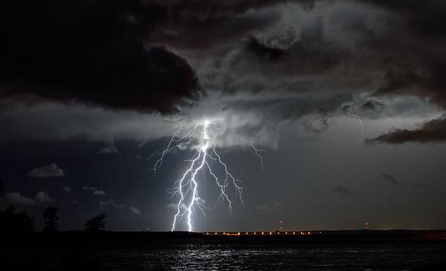 Carlyle Lake Lightning