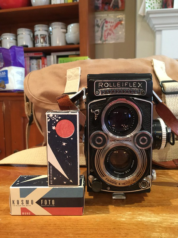 Rolleiflex 3.5 F Planar TLR and Kosmo Mono 100