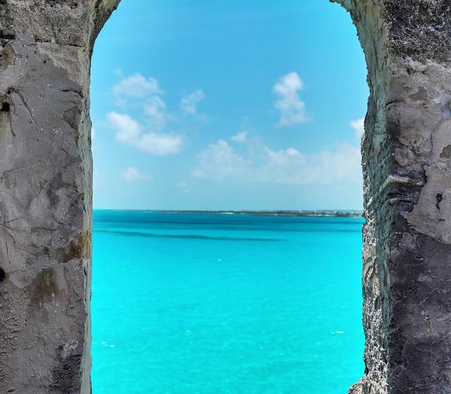 Window to Bahamas Blue
