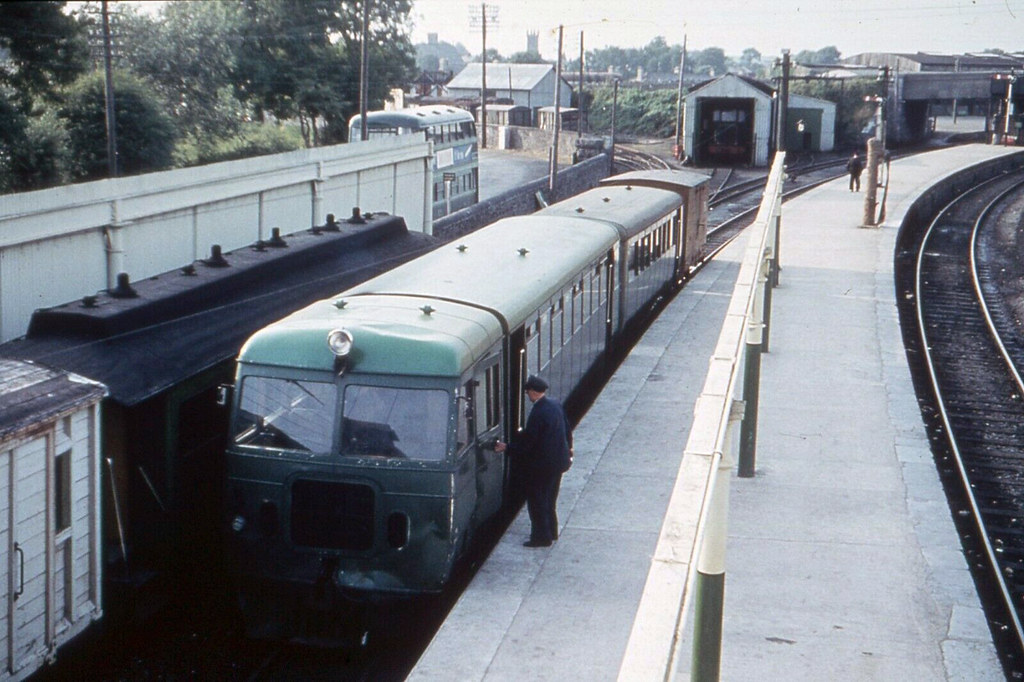 50298979368 bcd5475719 b - The West Clare's modernisation era