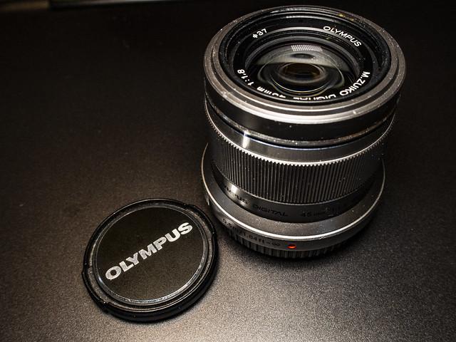 Olympus 45mm f/1.8