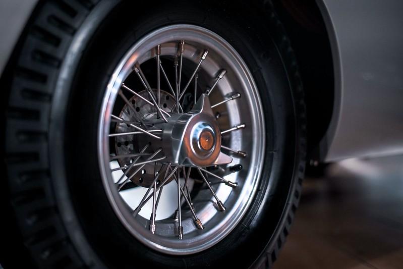 Aston-Martin-DB5-Junior-5