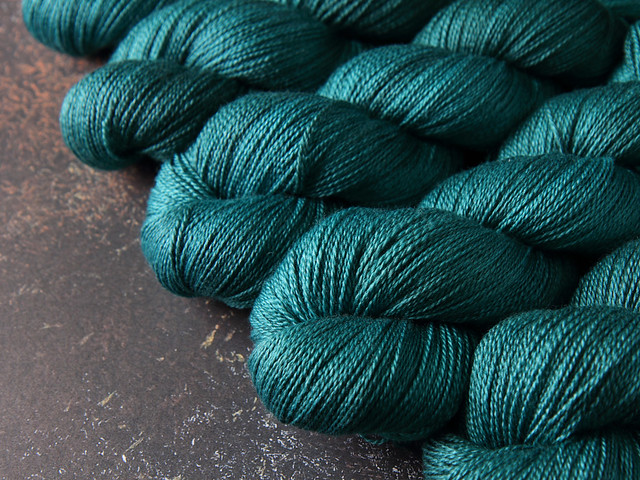 Brilliance Lace – British Bluefaced Leicester wool and silk hand-dyed yarn 100g – 'Spirulina'