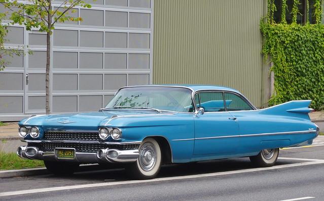 1959 Cadillac Coupe Deville wears US plates KE2051 in Copenhagen