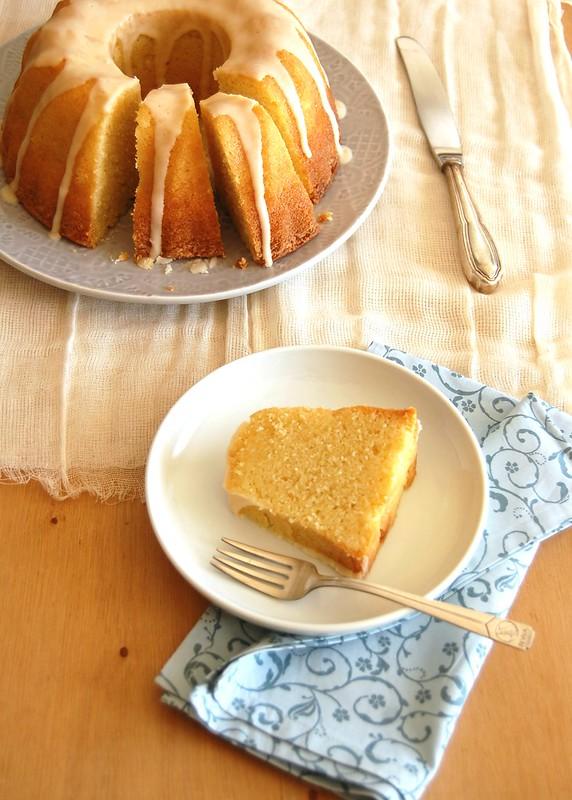 Bolo de tangerina e creme azedo / Tangerine sour cream cake