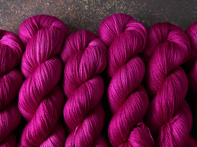 Brilliance Lace – British Bluefaced Leicester wool and silk hand-dyed yarn 100g – 'Professor Plum'