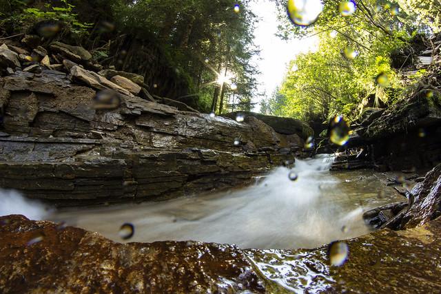 VCSE - Kiránduláson láttuk néhányan ezt a vízesést - Fotó: Román Dávid