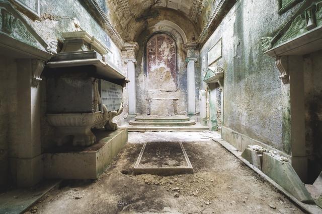 The decrepit crypt
