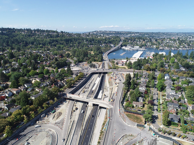 Aerial view of SR 520 in Montlake after August 2020 traffic shift- 08/24/2020
