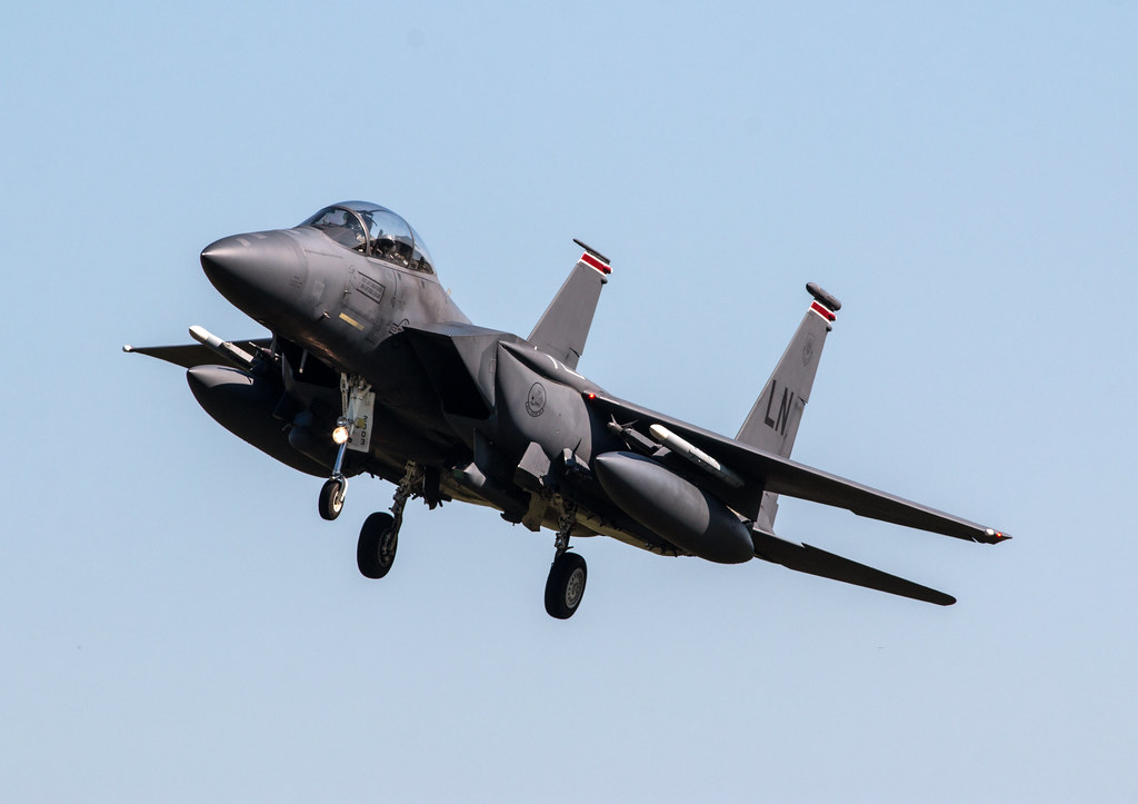 McDonnell Douglas F-15E Strike Eagle - United States Air Force - 01-2003 / LN