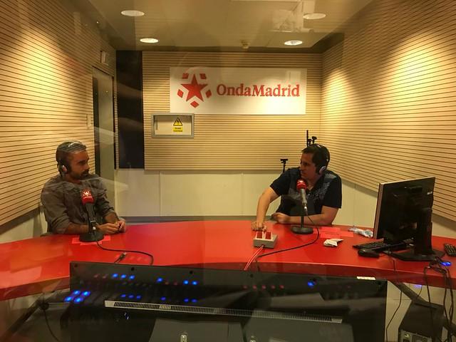 Sele y Rodrigo de Pablo presentando El Galeón de Manila, el nuevo programa de viajes de Onda Madrid