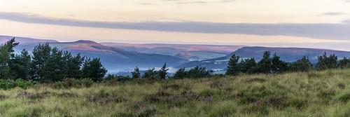 landscape derbyshire peakdistrict darkpeak hopevalley derwentvalley whiteedge goldenhour sunrise moorland winhill crookhill bamfordedge panorama