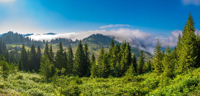 Dağlarda Bulutlarla (On the Mountains with Clouds)
