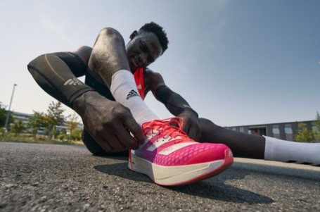 adidas představuje nejrychlejší běžecké boty. Padne v nich v Praze světový rekord?