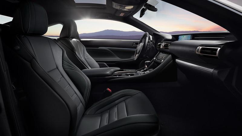 2021-Lexus-RC-Black-Line-03