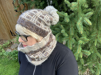 It is never too early to start a warm toque and cowl! This design for anyone who is mad for plaids! Pattern is Tartan Toque and Tube by Tracie Millar.