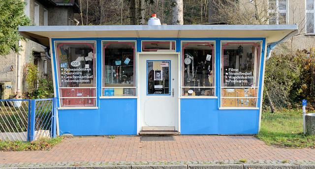 2142 Buckow (Märkische Schweiz)  ist eine Stadt im Landkreis Märkisch-Oderland in Brandenburg.