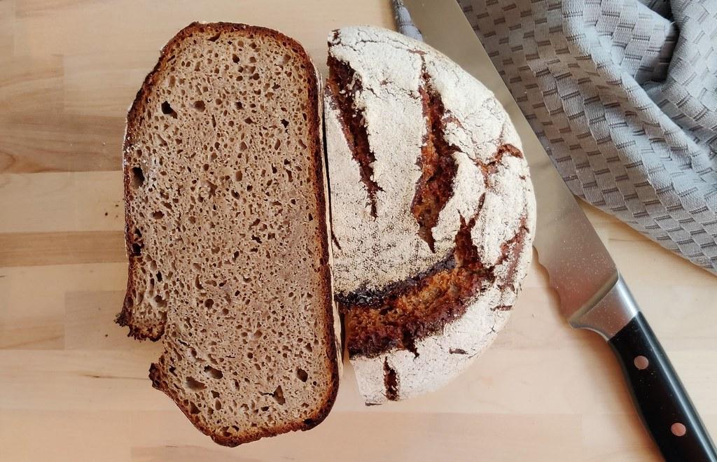 Einkorn-Roggen-Brot {Sauerteigbrot}