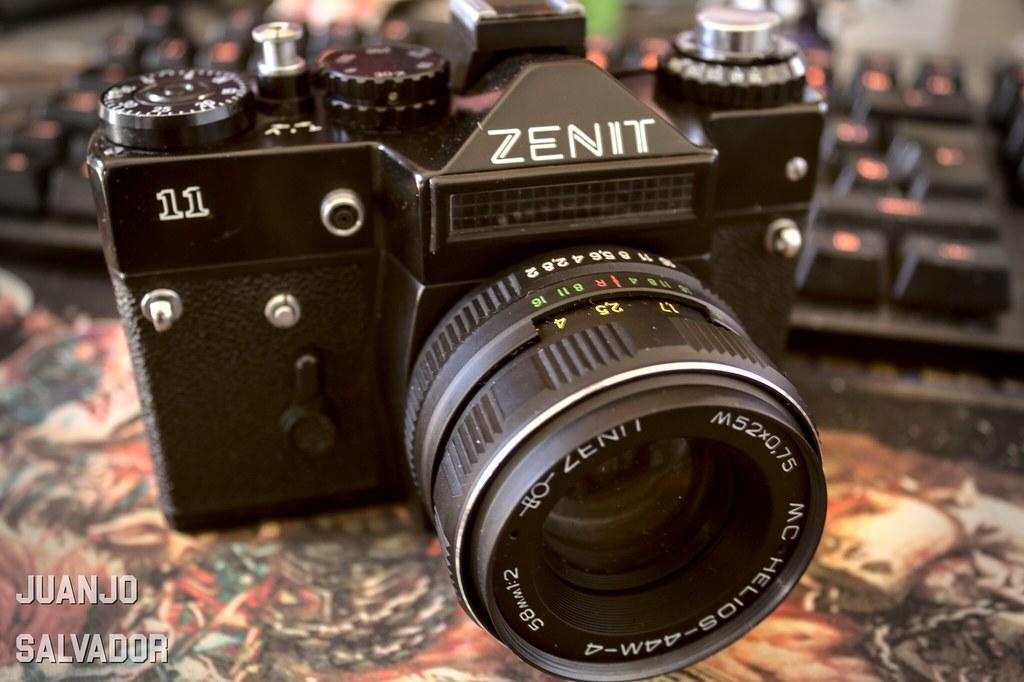 Zenit 11 con Helios 44-4M
