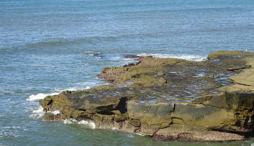 california sandiegocounty pacific pacificocean sunsetcliffs surf rocks