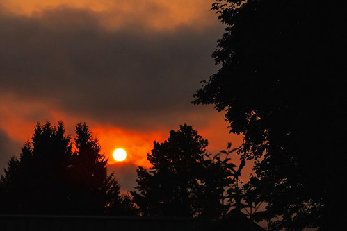 "red summer oregon smoke rainieroregon sunset ""smokysunset"""