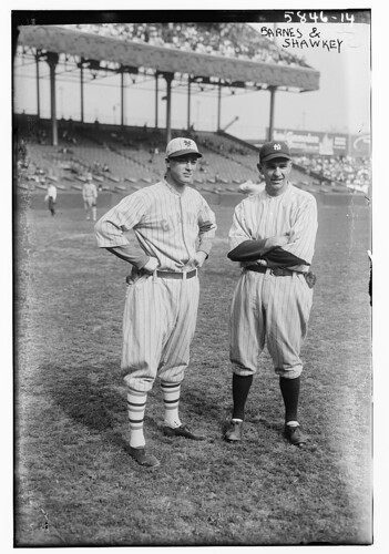 [Jesse Barnes, New York NL & Bob Shawkey, New York AL (baseball)] (LOC)
