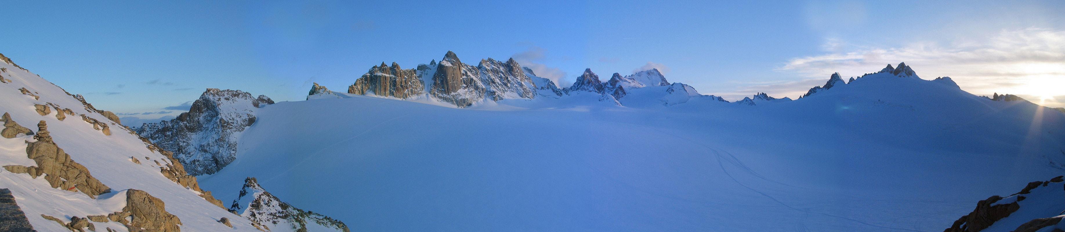 Fenêtre Saleinaz,Day1 H.R. Chamonix-Zermatt Massif Mont Blanc Frankreich panorama 40