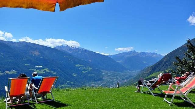 Liegestühle auf 1466m Höhe