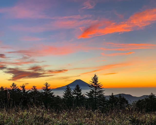 Fuji in the morning glow sky