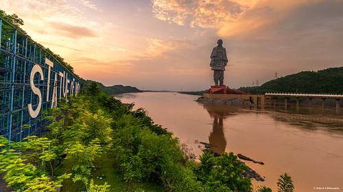 statue of unity sardar vallabh bhai patel india freedom fighter tallest travel gujarat monument landscape sunset narmada river dam