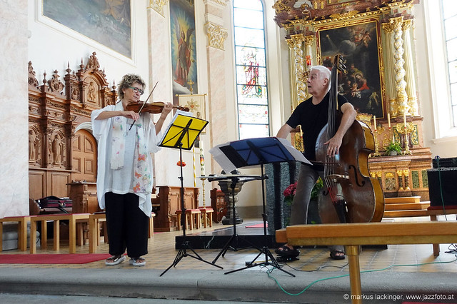 Maya Homburger: violine / Barry Guy: double bass