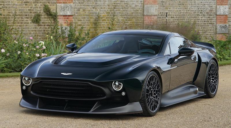 Aston-Martin-Victor-18