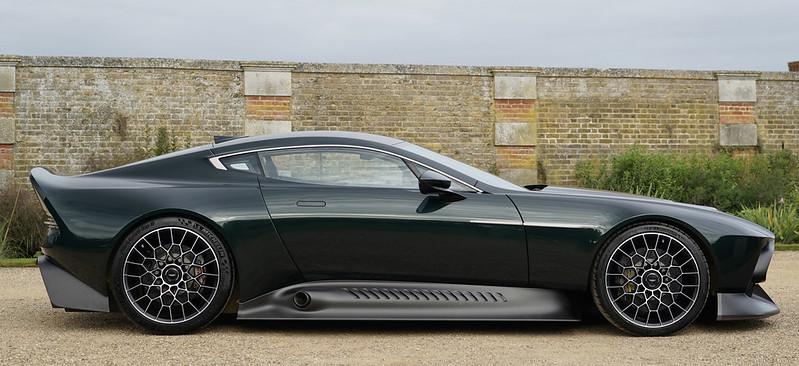 Aston-Martin-Victor-17