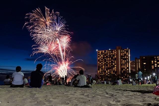 Waikiki Fireworks - 9576