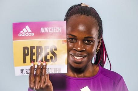 Světový rekord na Letné! Keňanka Jepchirchirová oslnila sólo závodem