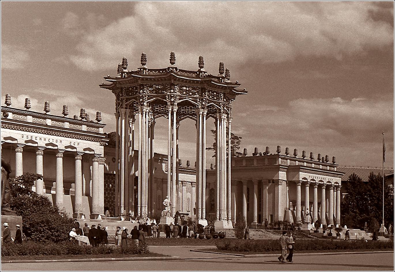 34. 1959. ВДНХ, павильон Узбекской ССР