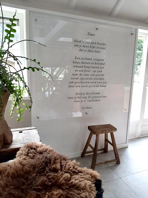 Gedicht thuisgevoel houten kruk